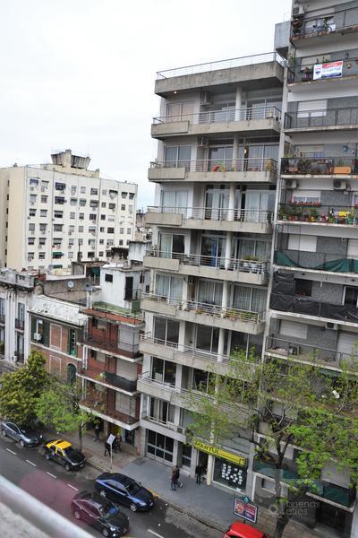 Foto Departamento en Alquiler temporario en  San Telmo ,  Capital Federal  Tacuari al 700, entre Av. Independencia y Chile