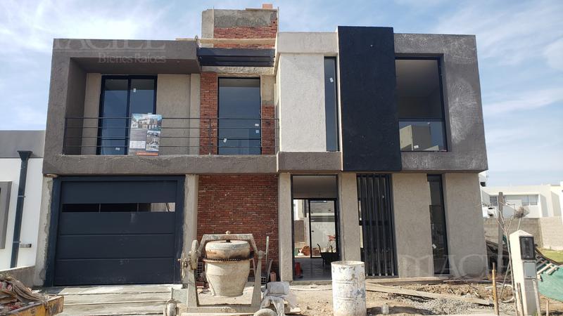 Foto Casa en Venta en  Manantiales Country,  Cordoba Capital  Fabulosa casa en Miradores de manantiales a estrenar