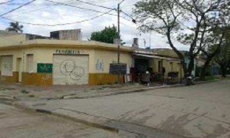 Foto Edificio Comercial en Venta en  Carlos Spegazzini,  Ezeiza  Sarmiento esq Pasteur