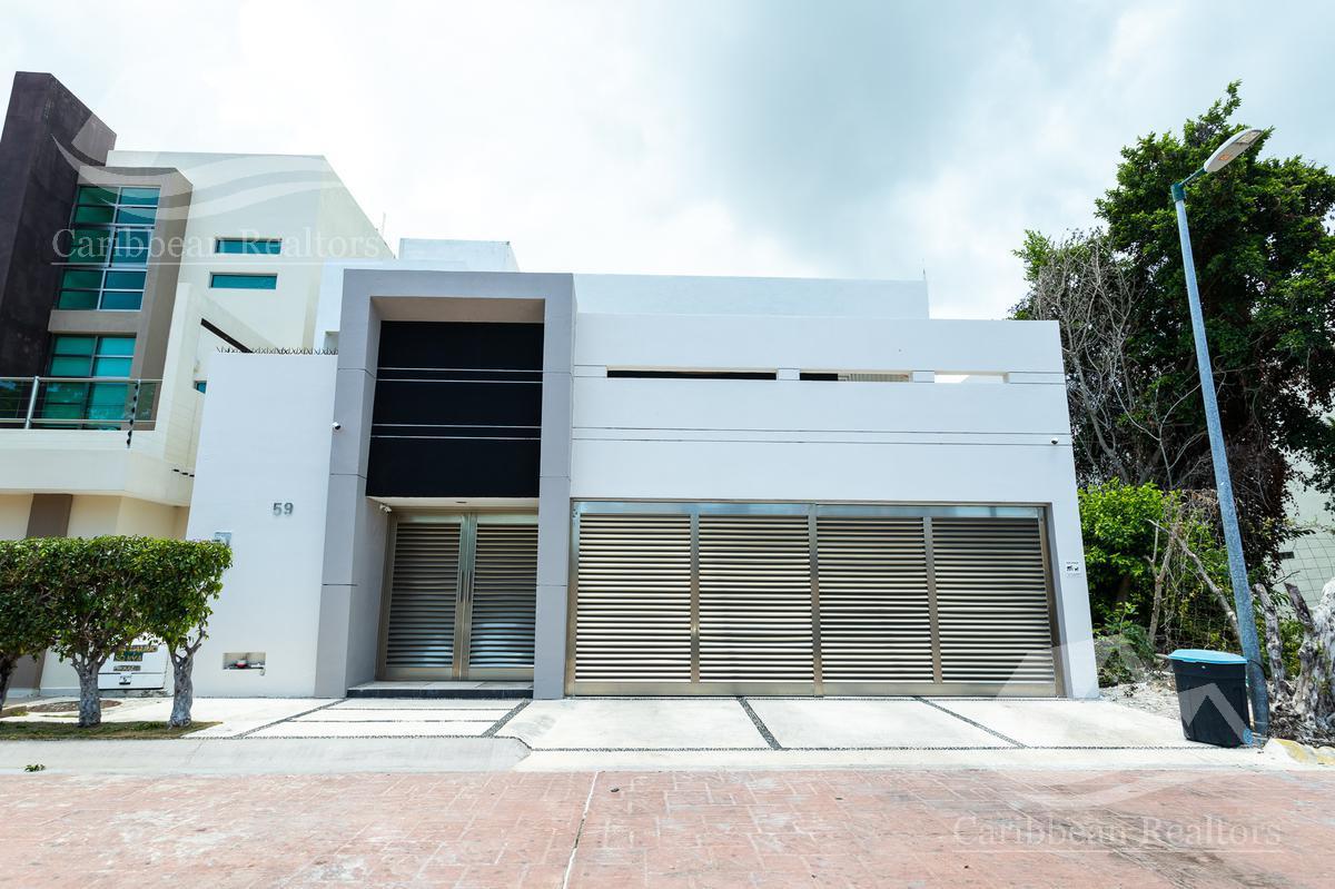 Foto Casa en Venta en  Cancún ,  Quintana Roo          Casa  en Venta en Cancún  centro