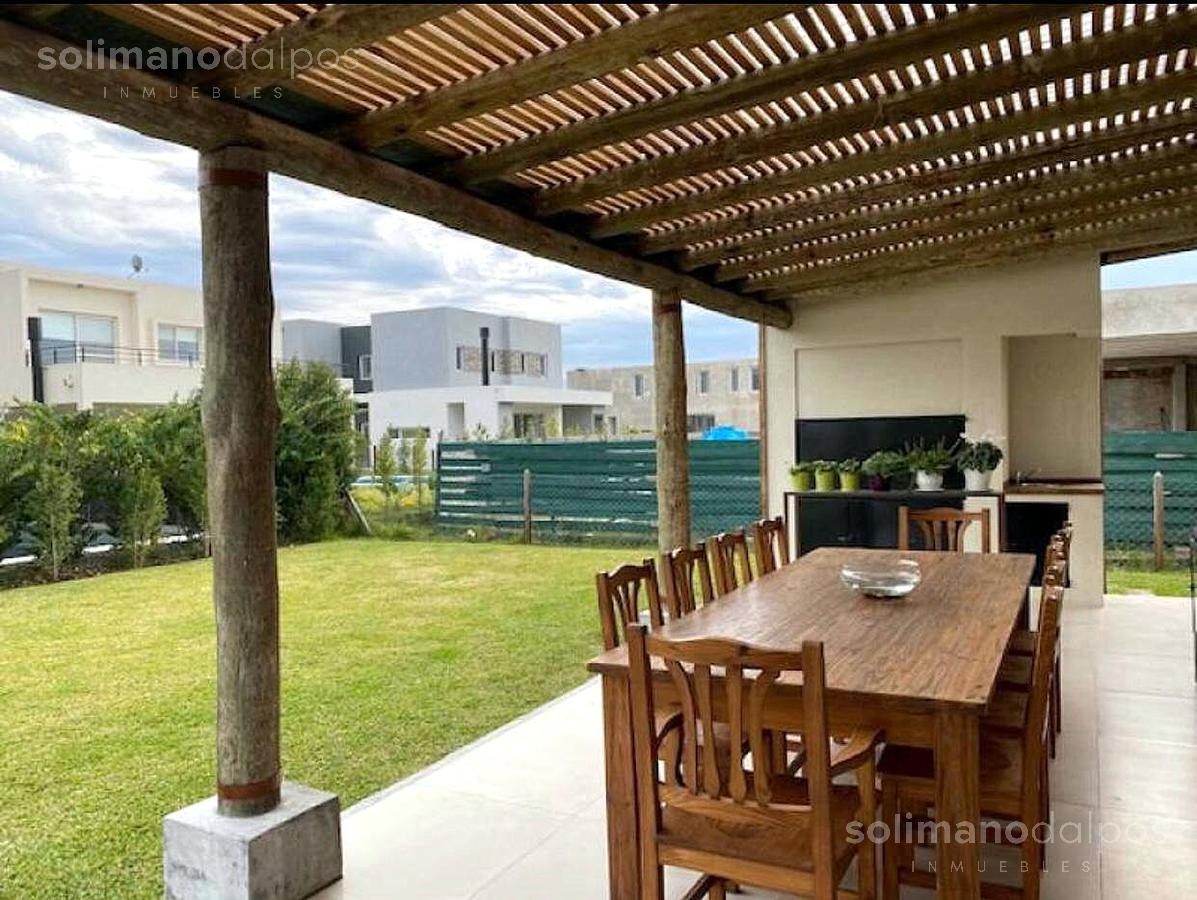 Foto Casa en Venta en  Los Castaños,  Nordelta  Barrio Castaños
