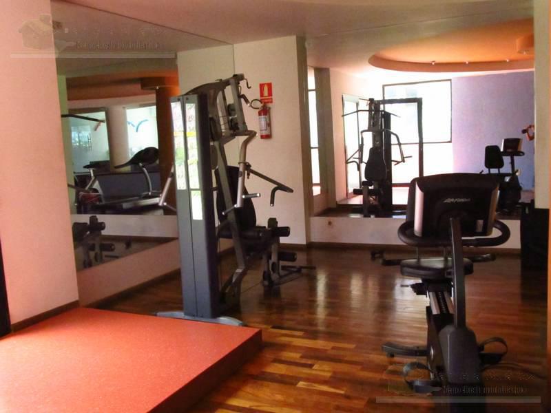 Foto Departamento en Venta en  Pocitos ,  Montevideo  Torre Sabato  Av. Brasil y Berro