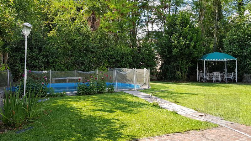 Foto Casa en Venta | Alquiler temporario en  La Martona,  Countries/B.Cerrado (Cañuelas)  La Martona