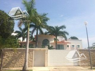 Caribbean Realtors House In Sale In Supermanzana 11 Casas En