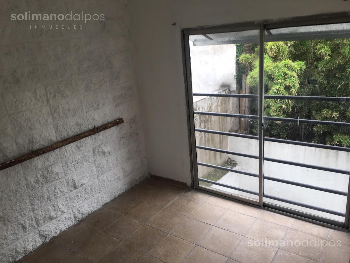 Foto PH en Alquiler en  Villa Adelina,  San Isidro  Panamericana - Colectora Par al 2080