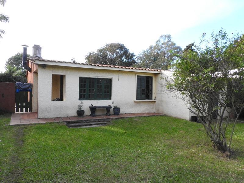 Foto Casa en Venta en  Canelones ,  Canelones  Brasil 100