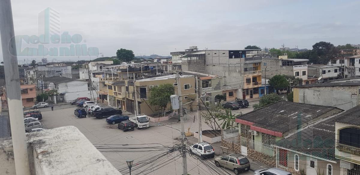 Foto Casa en Venta en  Norte de Guayaquil,  Guayaquil  VENTA DE OPORTUNIDAD VILLA 2 PLANTAS EN SAUCES
