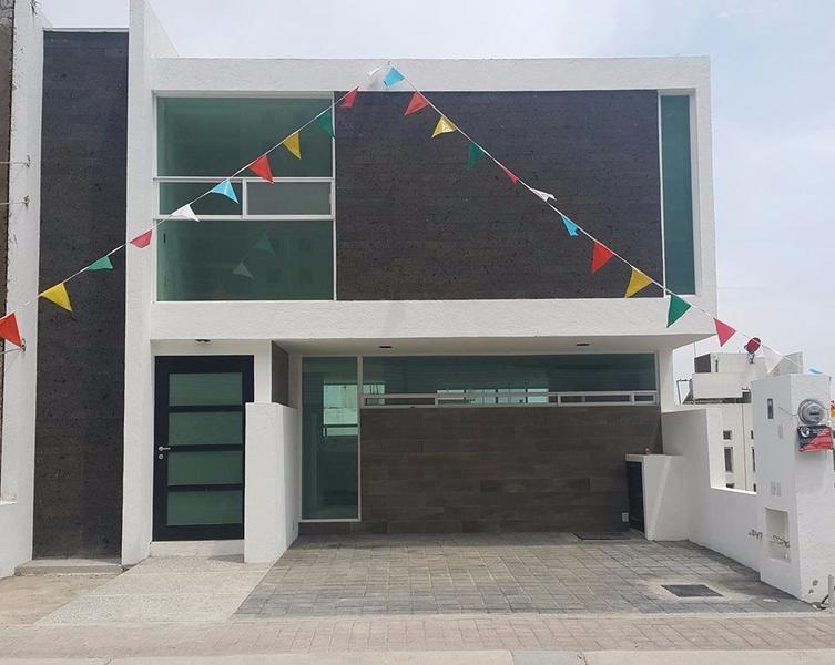 Foto Casa en Venta en  El Refugio,  Cadereyta de Montes  Casa en venta en el Refugio