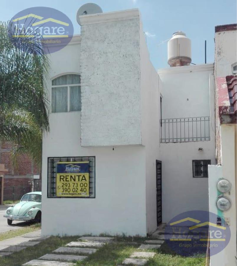 Casa en renta 2 recamarás Brisas del Carmen León Gto.