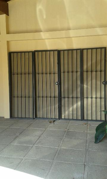 Foto Casa en Renta en  San Rafael,  Escazu  TERRAHOUSE RENTA AMPLIA CASA EN RESIDENCIAL LOS LAURELES, ESCAZU
