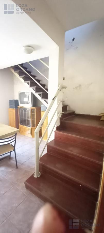 Foto Casa en Venta en  Dean Funes,  Cordoba Capital  croacia 2863