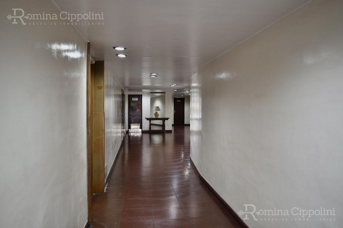 Foto Departamento en Venta en  Recoleta ,  Capital Federal  Charcas al 2500