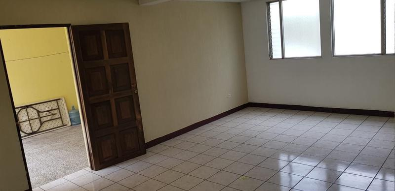 Foto Casa en condominio en Renta en  Zona 11,  Ciudad de Guatemala  RENTA DE AMPLIA CASA EN ZONA 11 MARISCAL