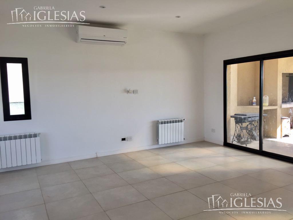 Casa en Venta en San Benito a Venta - u$s 355.000