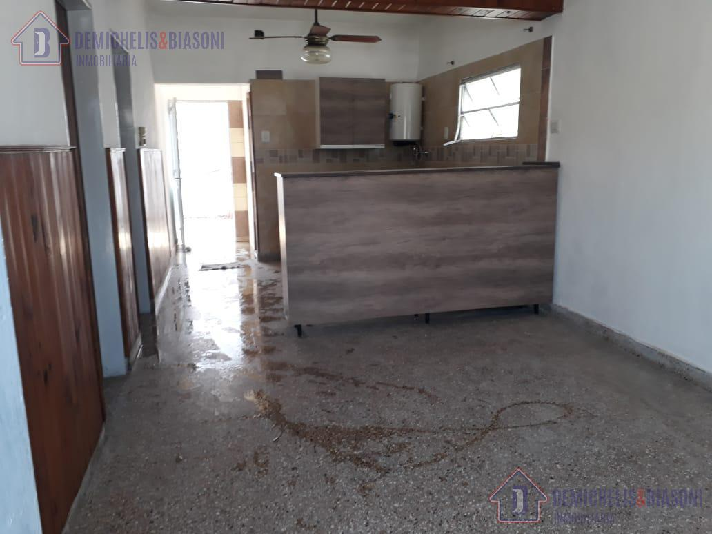 Foto Casa en Venta en  Santa Fe,  La Capital  Pje Denis al 3800