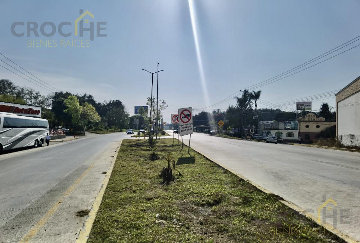 Foto Local en Renta en  La Florida,  Coatepec  Local en renta en Coatepec Veracruz en Plaza Comercial Orquideas ubicado en planta baja