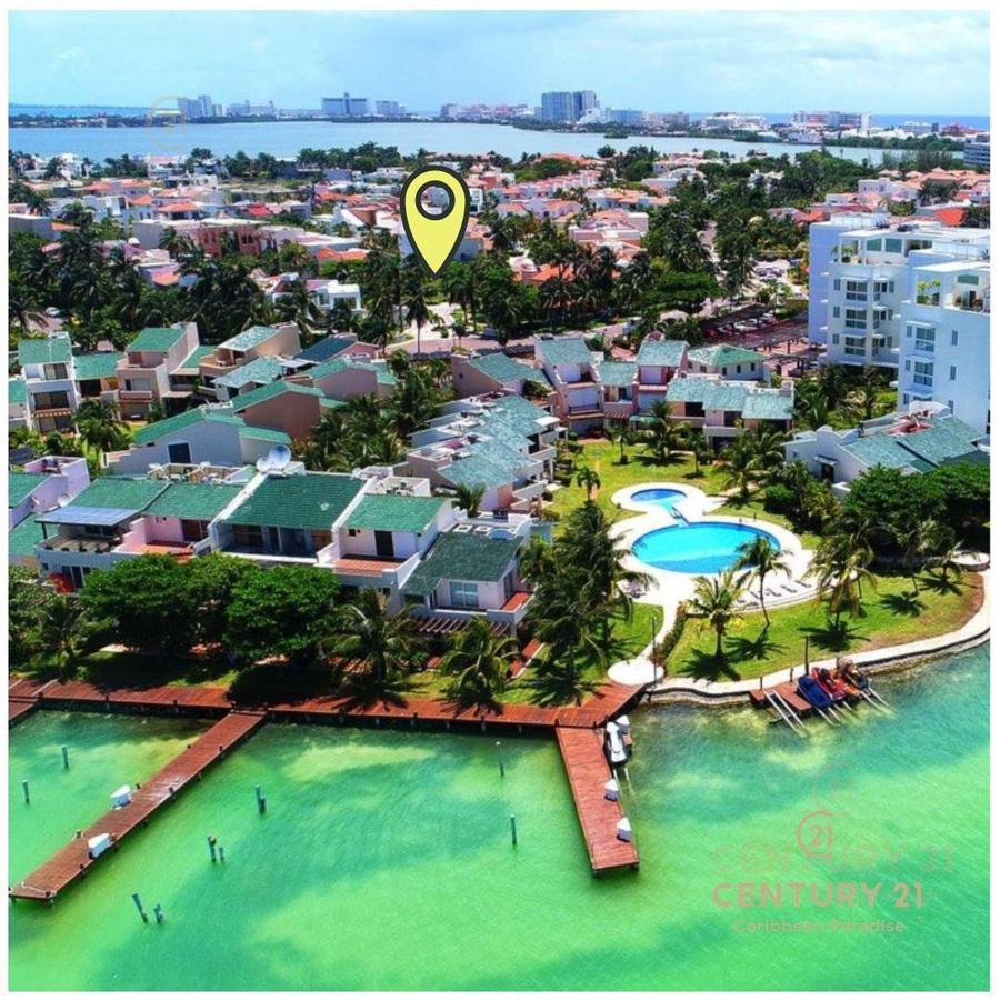 Zona Hotelera Land for Sale scene image 1