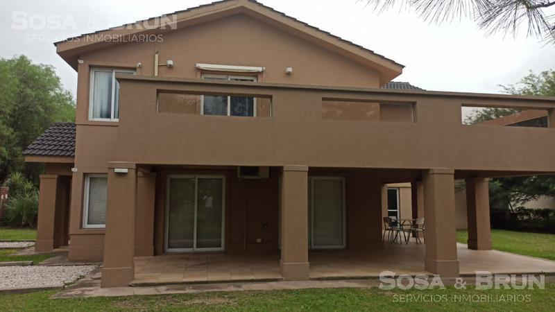 Foto Casa en Venta en  Residencial Jardin,  Cordoba Capital  SAN ISIDRO CASA 3 DORM PILETA QUINCHO GALERIA VENDO