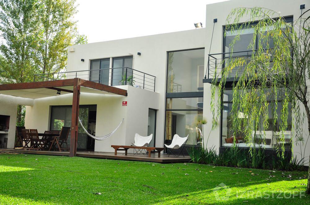 Casa-Alquiler-Santa Barbara-Santa Bárbara al 700