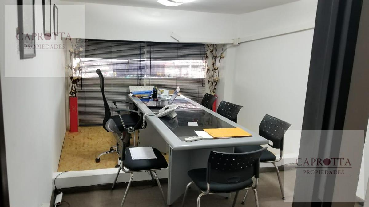 Foto Local en Venta en  Villa Devoto ,  Capital Federal  Av. Beiro al 4300
