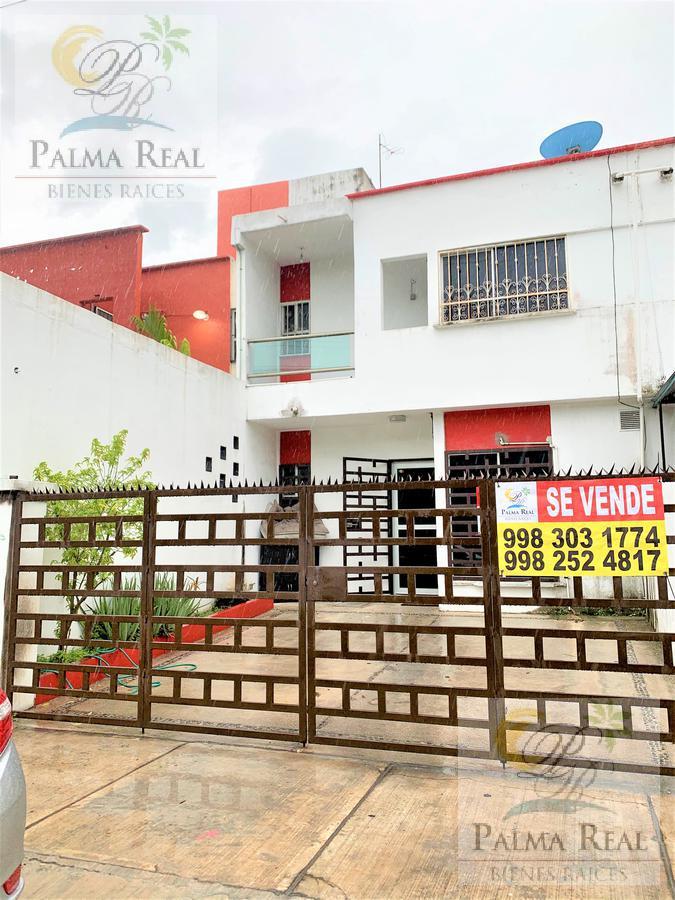 Foto Casa en Venta en  Supermanzana 523,  Cancún  CASA SOBRE LA  AVENIDA PRINCIPAL