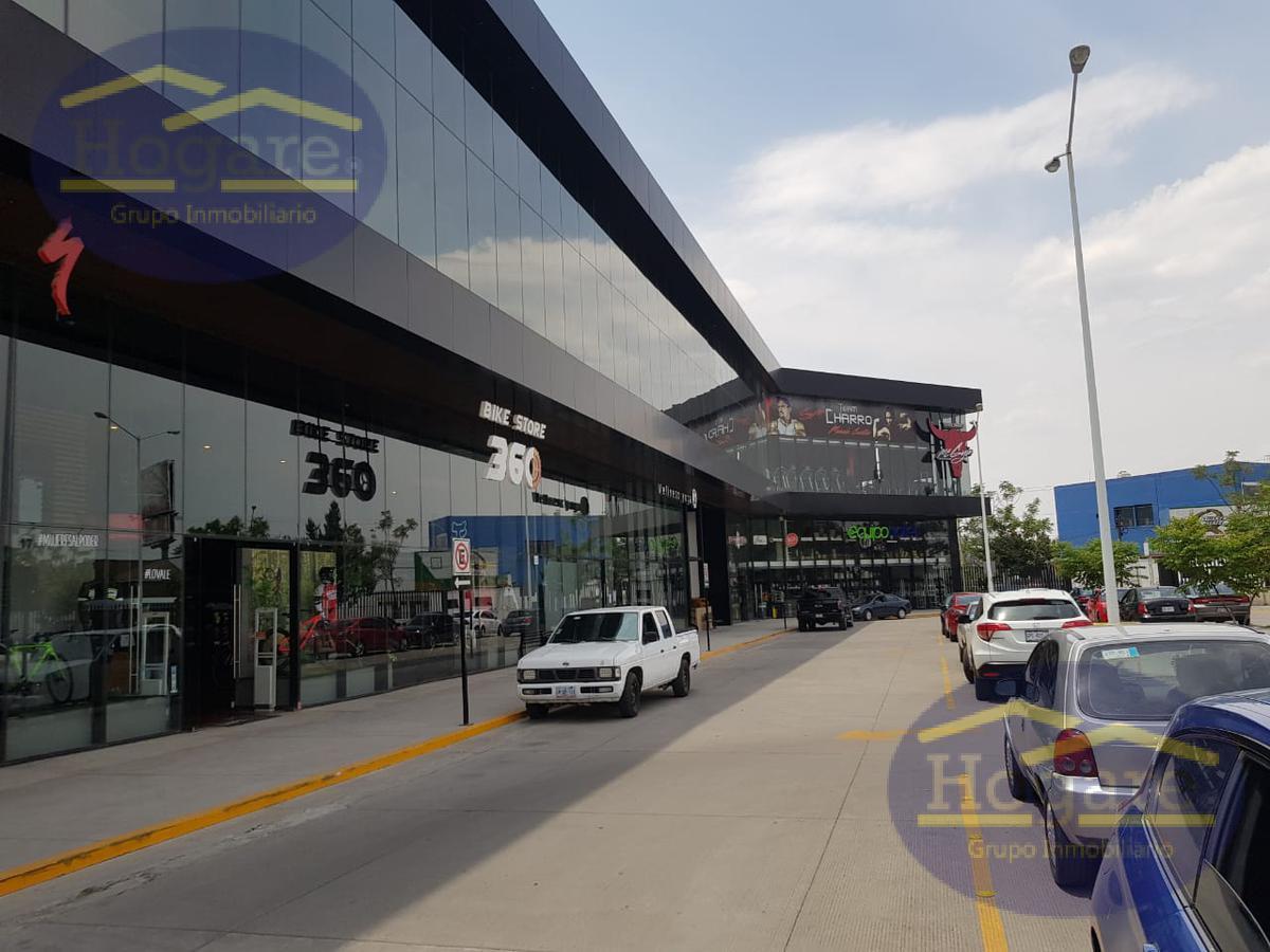 Local Comercial en Renta en Plaza Teocalli, col. La Florida, León, Gto.