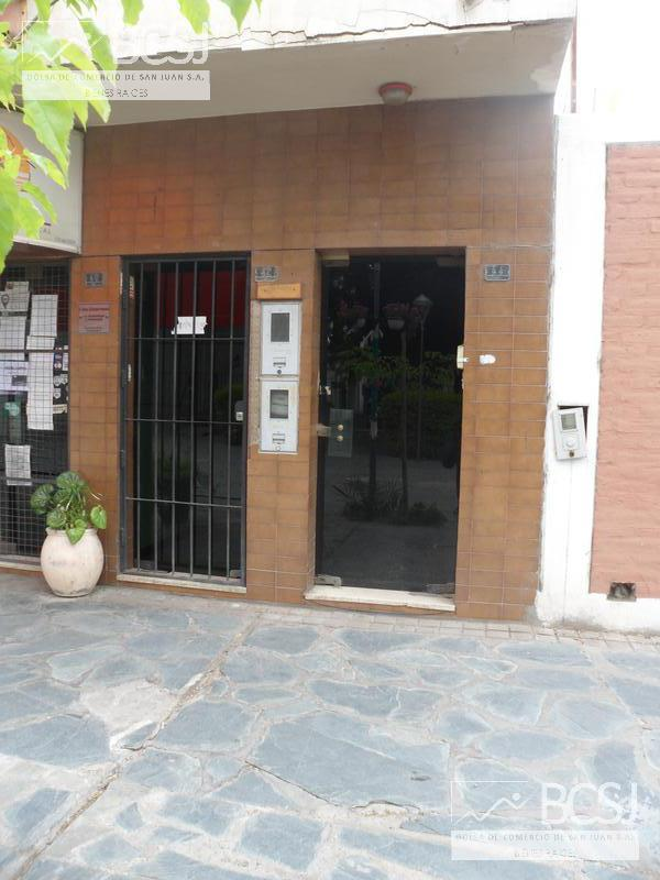 Foto Oficina en Alquiler en  Capital ,  San Juan  Sarmiento y libertador