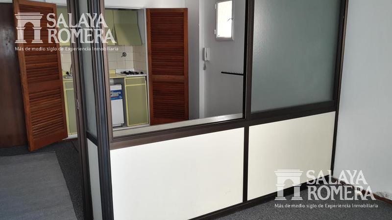 Foto Departamento en Alquiler en  Microcentro,  Centro  ESMERALDA entre VIAMONTE y TUCUMAN