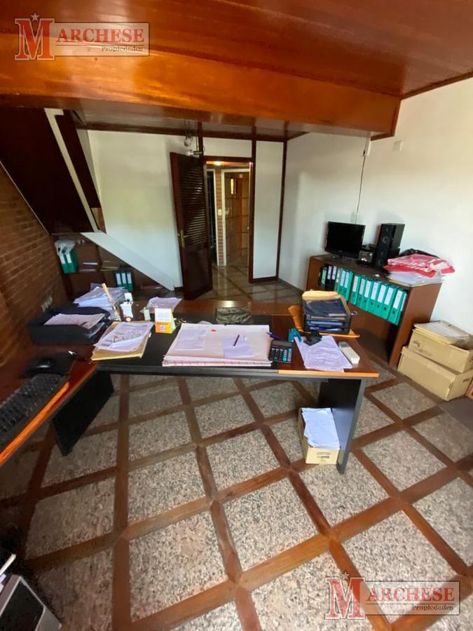 Foto Oficina en Alquiler en  Moron,  Moron  Intendente Grant al 600