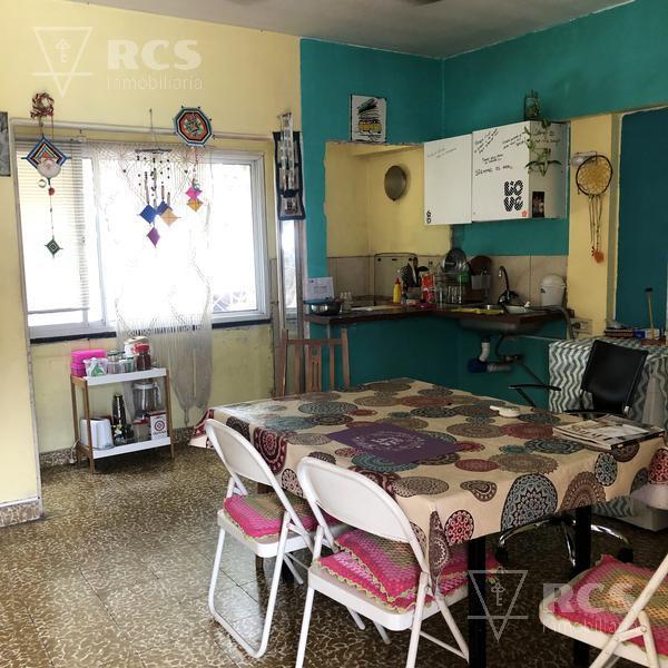 Foto Casa en Venta en  Bella Vista,  Rosario  SAN NICOLAS 2311