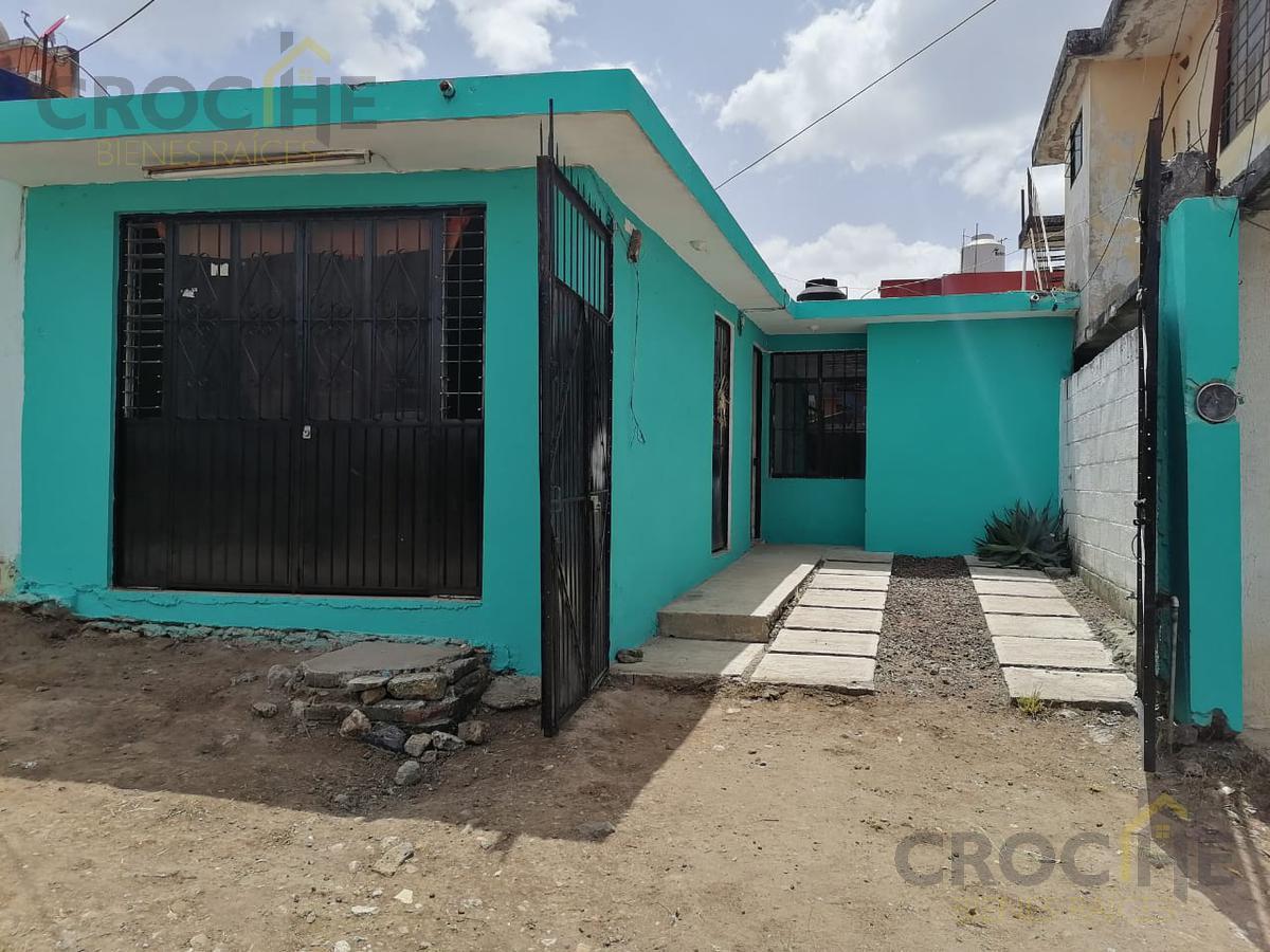 Foto Casa en Venta en  Carolino Anaya,  Xalapa  Casa en venta en Xalapa Veracruz a 100 metros del super che Campo de tiro, Colonia Carolino anaya