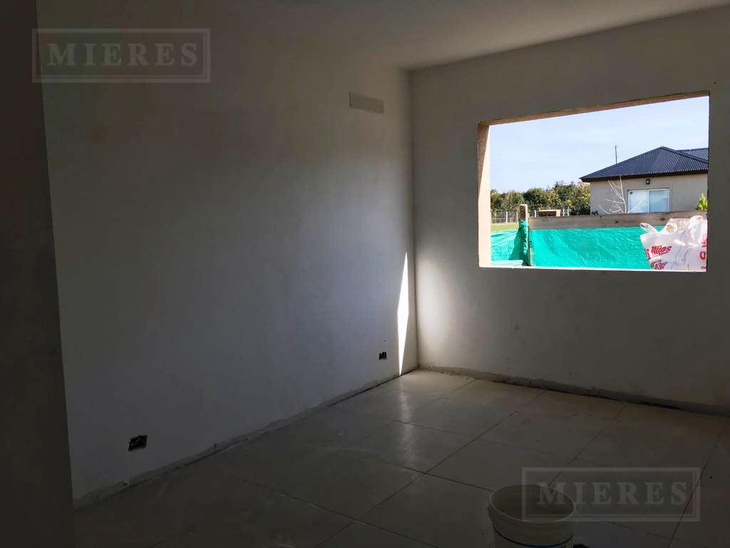 Casa de 143 mts en Pilar del Este San Eduardo