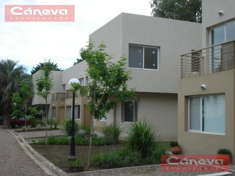 Foto Casa en Venta en  Countries/B.Cerrado (Pilar),  Pilar  barrio hi42,500 pilar