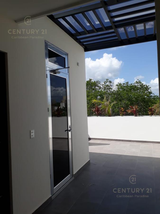 Playa del Carmen House for Sale scene image 26