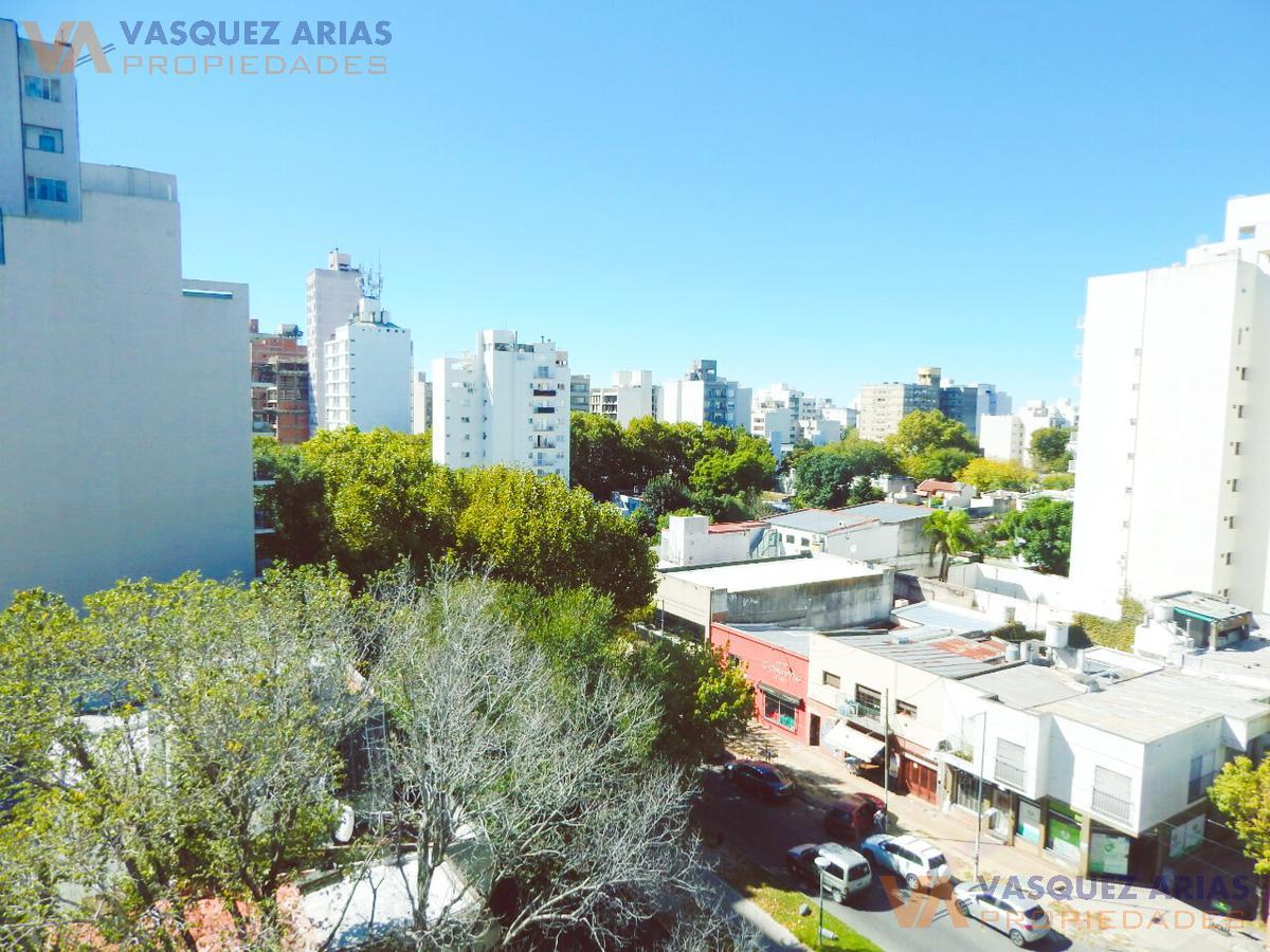 Foto Departamento en Alquiler en  La Plata,  La Plata  60 e/ 5 y 6