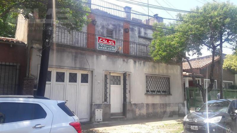 Foto Casa en Venta en  Moron Sur,  Moron  Castelli 100