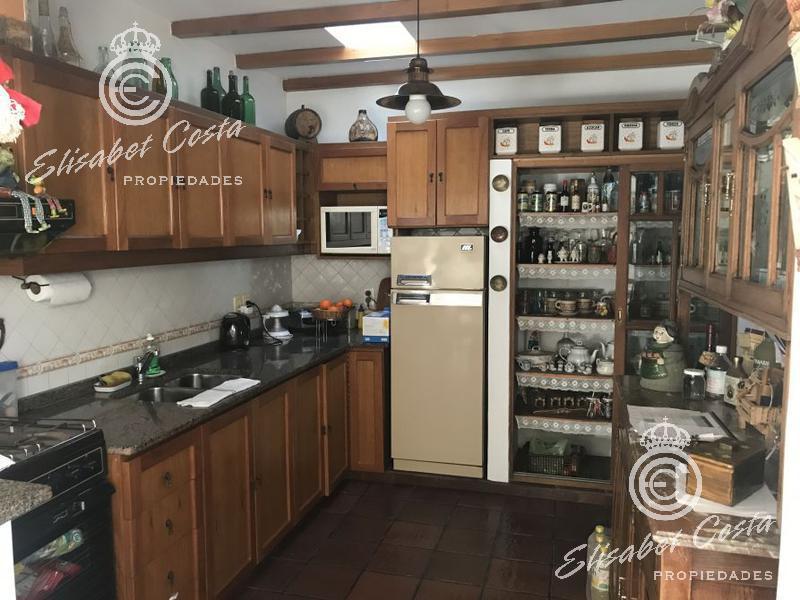Foto Casa en Venta en  Lanús Este,  Lanús  Sarmiento al 1000