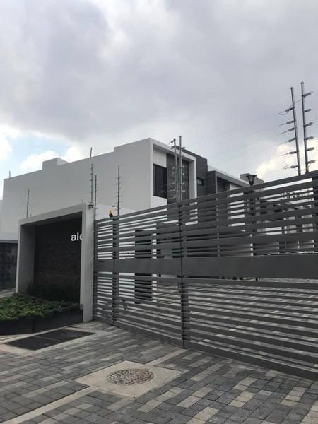 Foto Casa en condominio en Renta en  Ciudad Granja,  Zapopan  casa en renta frente cd granja