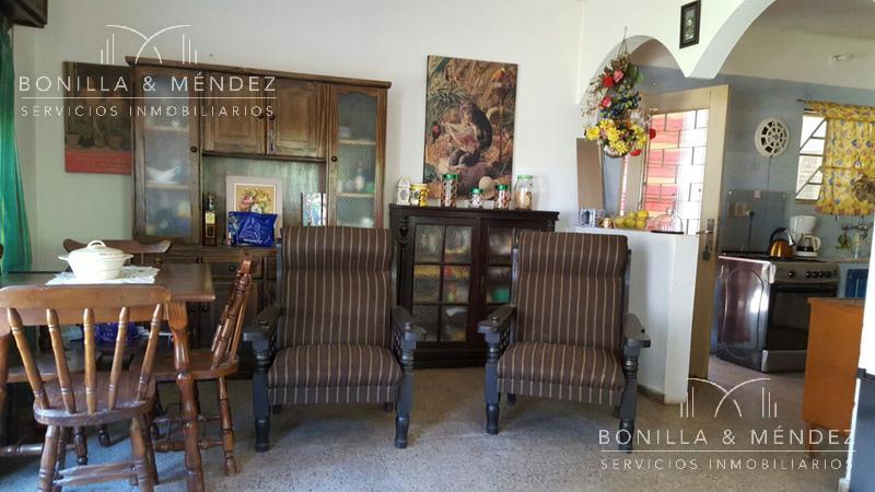 Foto Casa en Alquiler temporario en  Los Angeles,  Piriápolis  Excelente barrio de Piriápolis