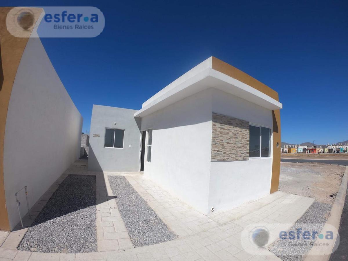 Foto Casa en Venta en  Amistad,  Torreón  Casa en Santa Cecilia