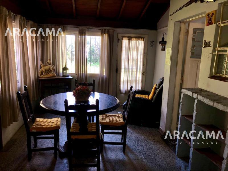Foto Casa en Venta en  Monte Grande,  Esteban Echeverria  Cornelio Saavedra al 400