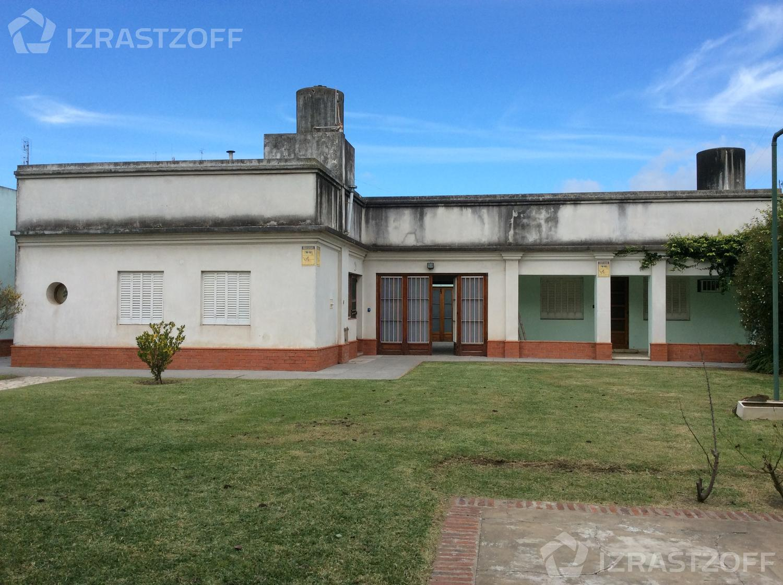 Terreno-Venta-Pilar-Pedro Lagrave entre Valentín Vergara e Ituzaingó