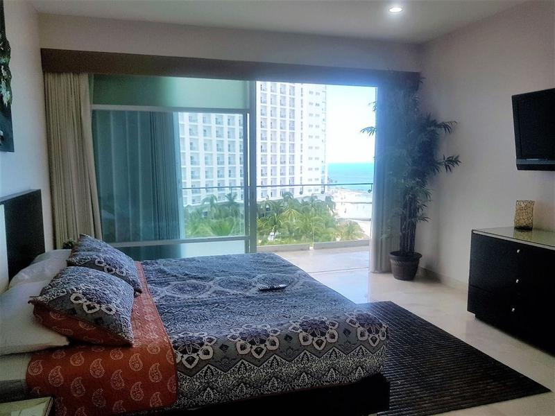 Foto Departamento en Venta en  Zona Hotelera,  Cancún  ESPECTACULAR DEPARTAMENTO AMUEBLADO FRENTE AL MAR!