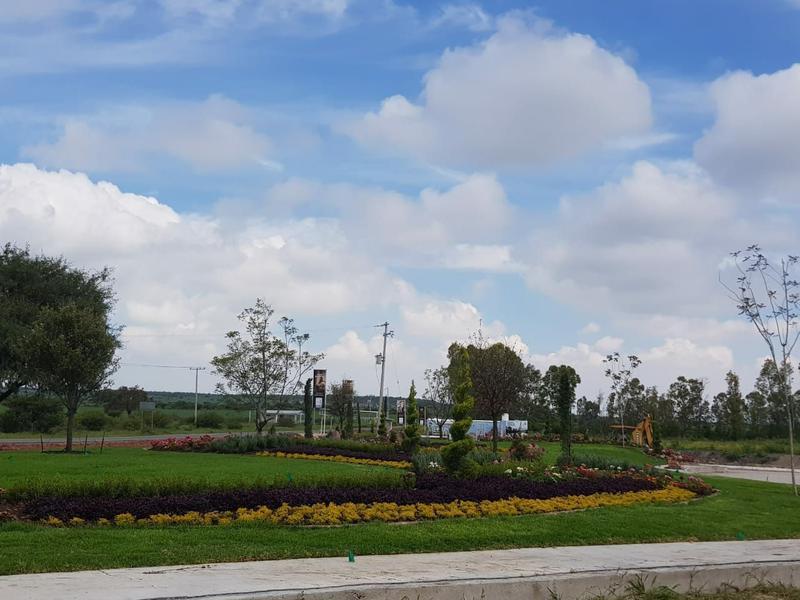Foto Terreno en Venta en  El Batan,  Corregidora  TERRENO EN VENTA- EL FARO DE LOS CISNES- QUERÉTARO.