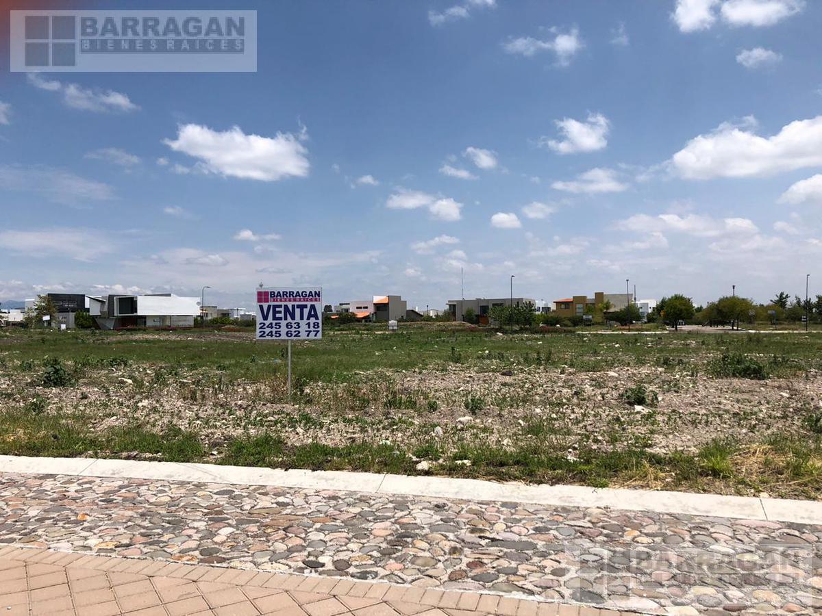 Foto Terreno en Venta en  Fraccionamiento El Campanario,  Querétaro  Exclusivo Terreno Residencial en Venta El Campanario, Querétaro