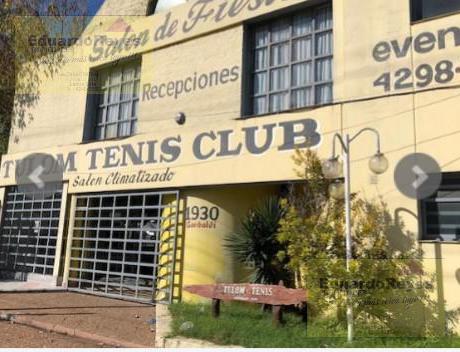 Foto Local en Venta en  Lomas De Zamora ,  G.B.A. Zona Sur  GARIBALDI 1930