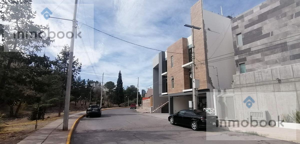 Foto Departamento en Venta en  Quintas del Sol,  Chihuahua  Ultimo Departamento en Venta, Quintas del Sol