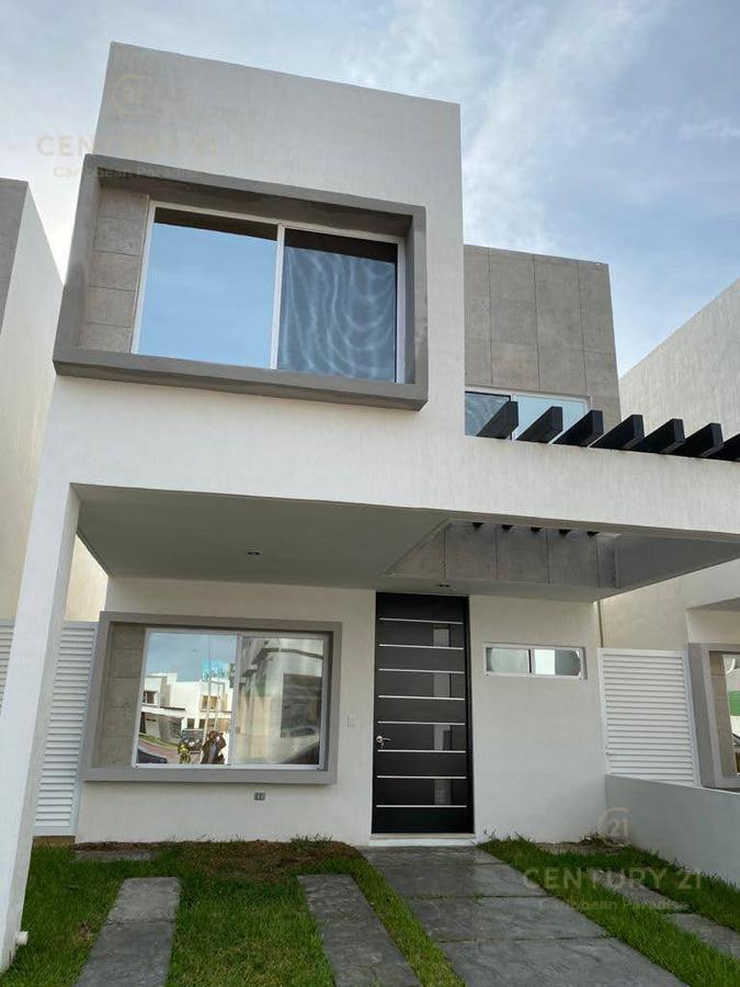 Jardines del Sur House for Rent scene image 0