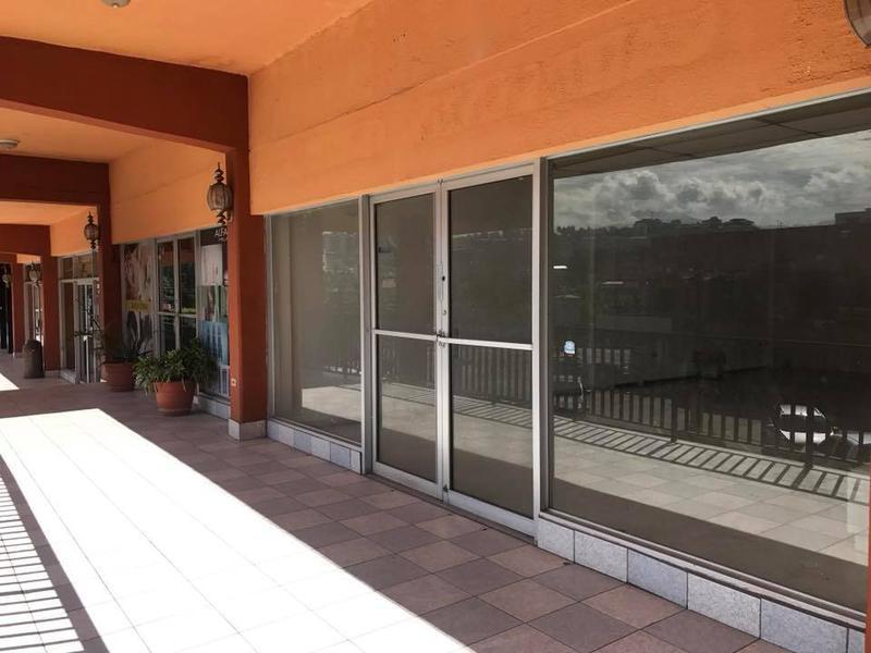 Foto Local en Renta en  Boulevard Morazan,  Tegucigalpa  Local En Renta Centro Comercial Las Lomas  Boulevard Morazan Tegucigalpa