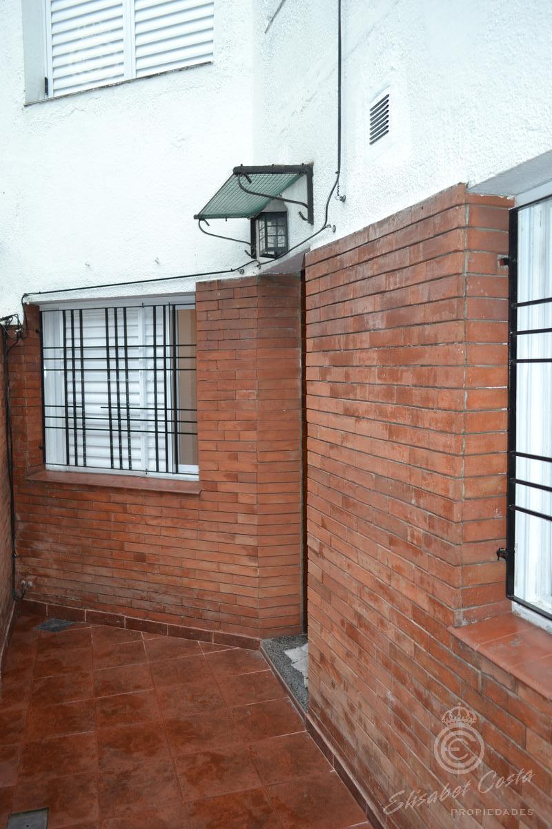 Foto PH en Venta en  Lomas De Zamora,  Lomas De Zamora  Portela al 700